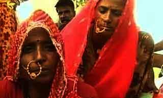 http://www.iasplanner.com/civilservices/images/Rajasthan-Women.jpg